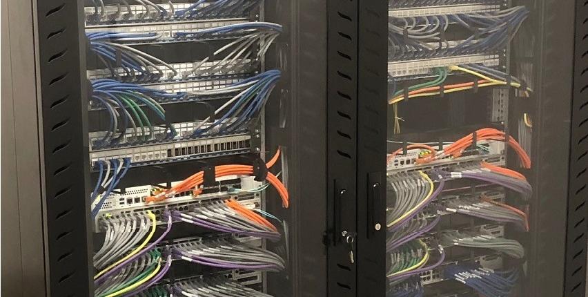 Tidy Server Cabinet